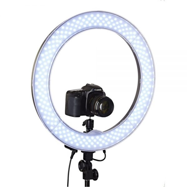 BEAUTY BLOGGER YOUTUBE RING LIGHT